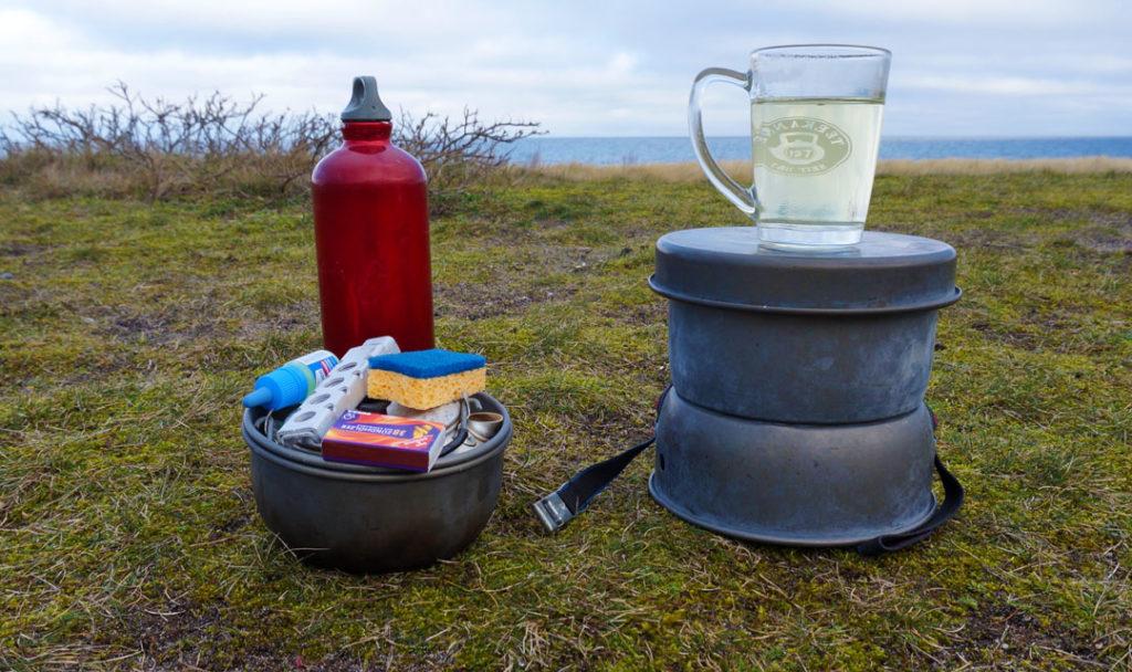 Im Winter Birken-Tee bereiten